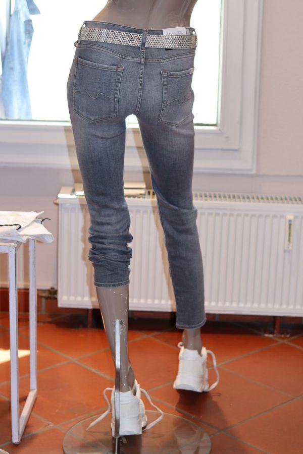 stylebook_fs21_flieder_19-6_001